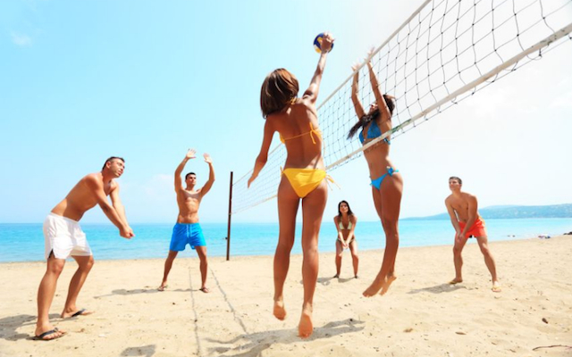 blog-vacation-workout-beach-volleyball